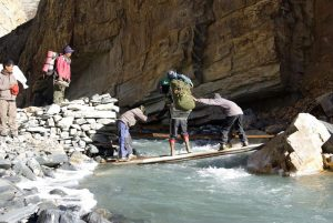 ZARGES sponsors the Everest 'Trail of Change' Expedition 2
